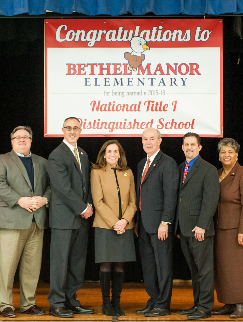 The new logo was implemented just before receiving national recognition for their hard work as a Title I school. The First Lady of Virginia, Dorothy McAuliffe, spent the day with school board members, the superintendent, and school administration.